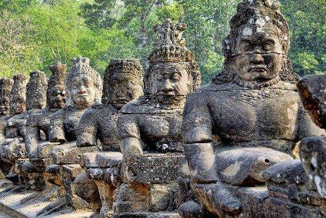 Angkhor Wat is near the modern town of Siem Reap