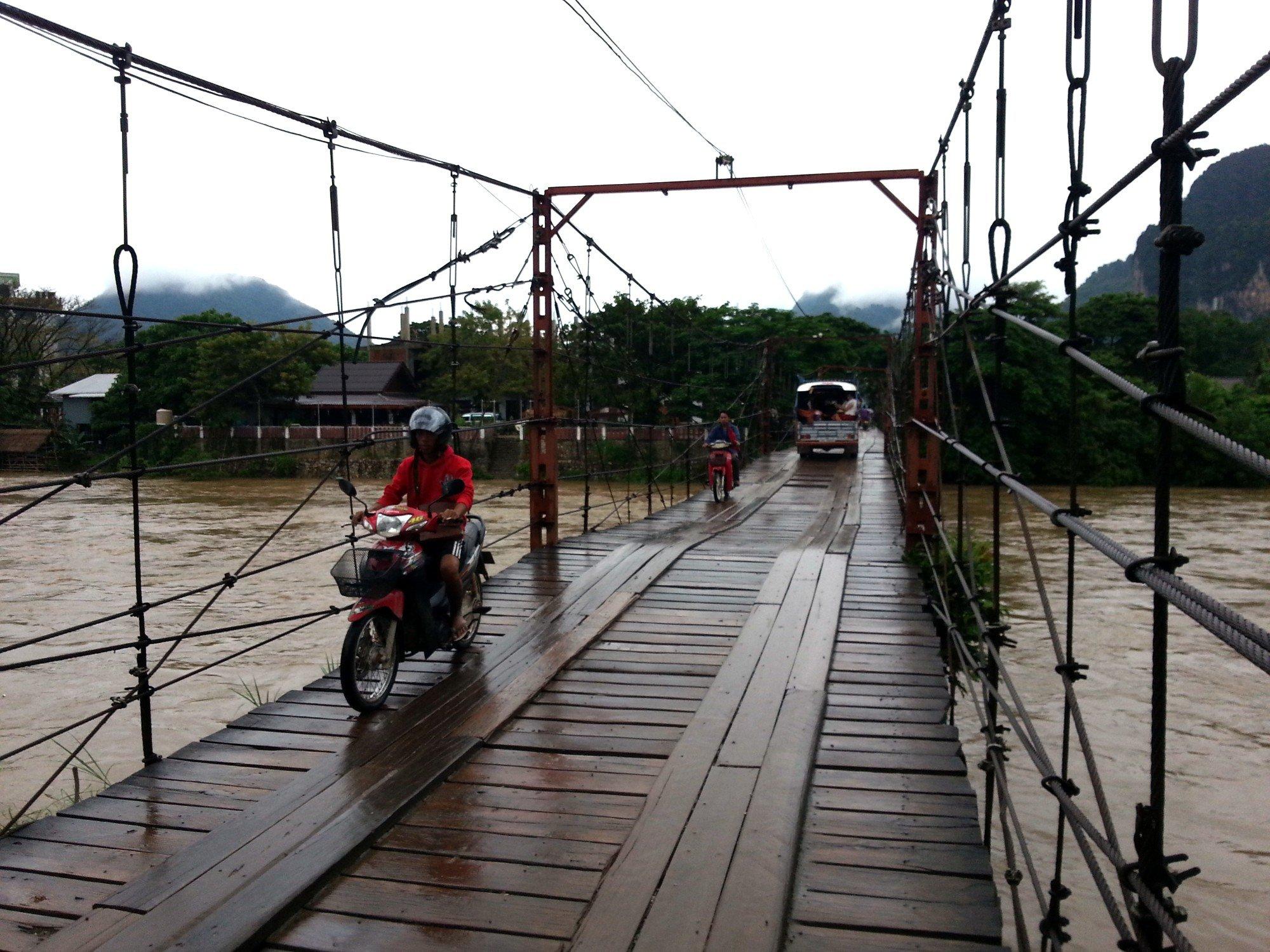 Car on the Namsong Bridge