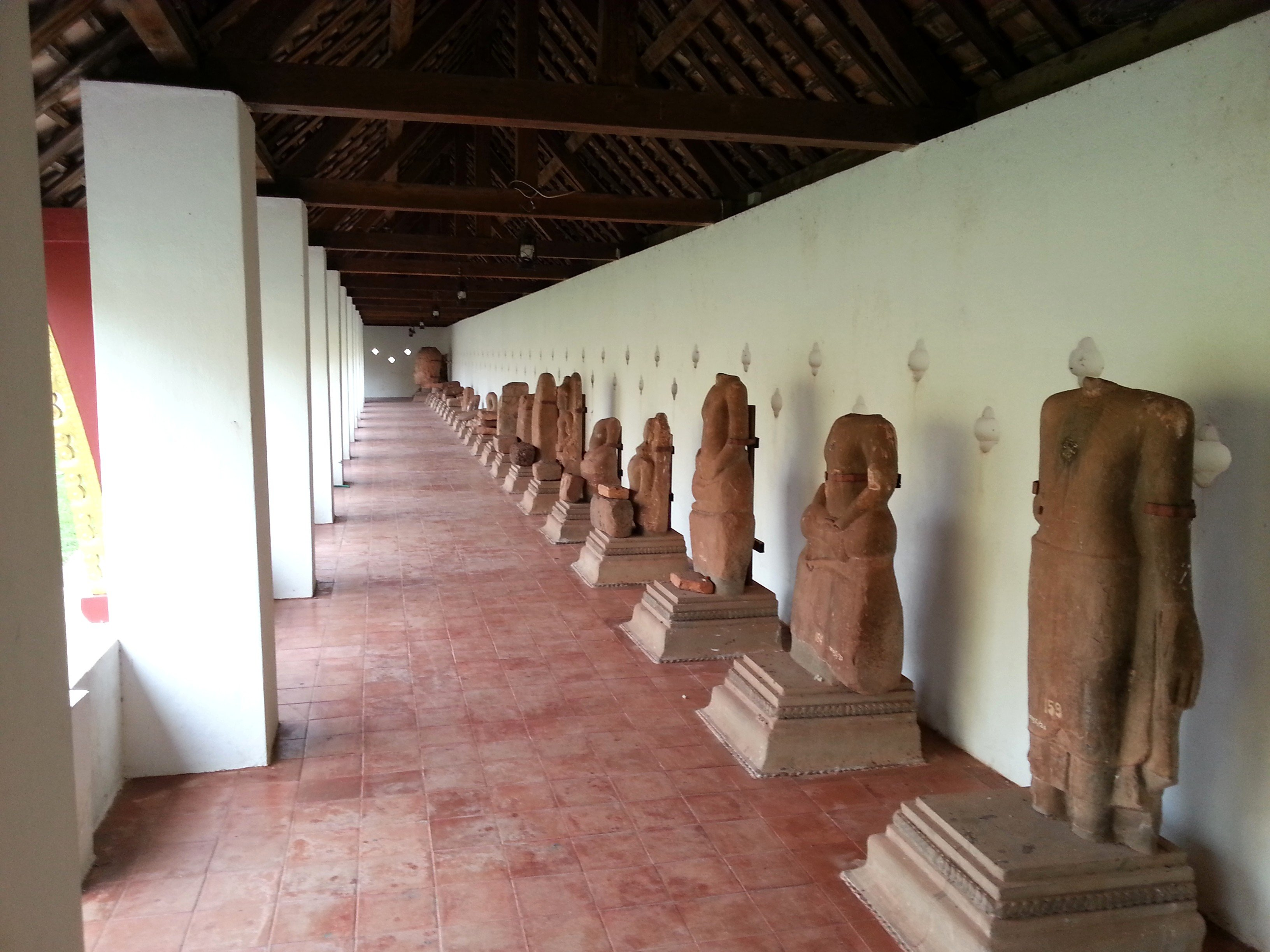 Statues found at the Pha That Luang site